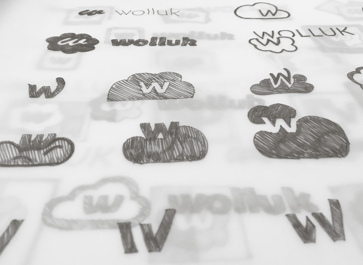 04_5_logo_sketches_02